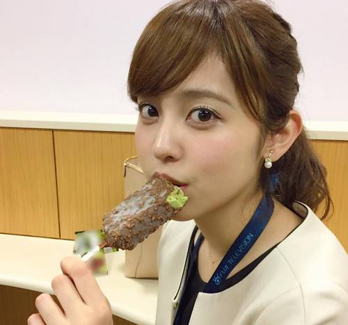 久慈暁子アナのかわいい水着画像がある!打ち切りクジパン動画を見るには?